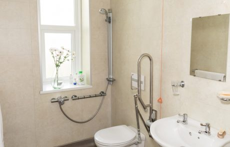 Westlands-care-home-bathroom-facilities